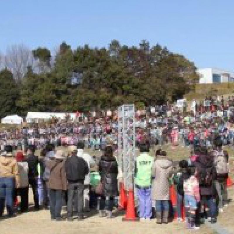 浜松の小学生688人、鍵盤ハーモニカ同時演奏でギネス世界記録に!