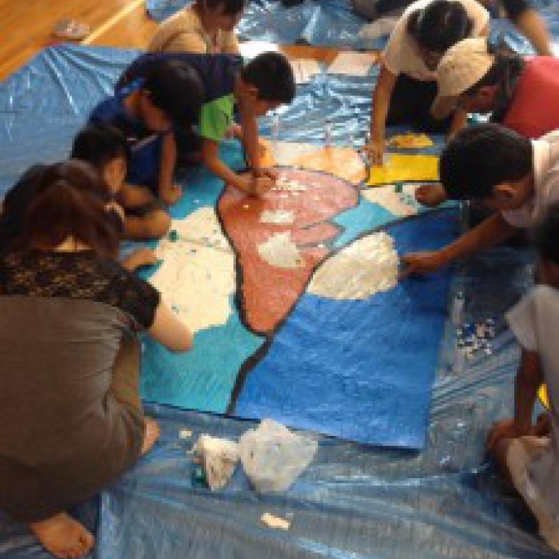 紙ふぶきモザイクアートでギネス世界記録更新/愛知県大府市
